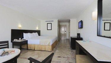 Quarto standard king Hotel Krystal Cancún Cancún