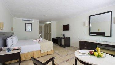 Quarto standard king lua de mel Hotel Krystal Cancún Cancún