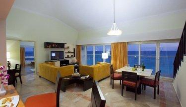 Suite Hotel Krystal Cancún Cancún